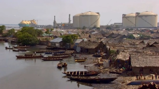 home-nigerian-oil-shantytown620
